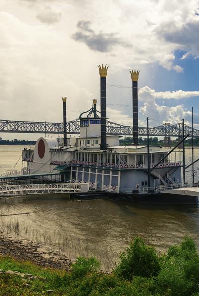 case-study-river-boat